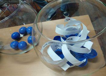Bolas de sorteio azuis