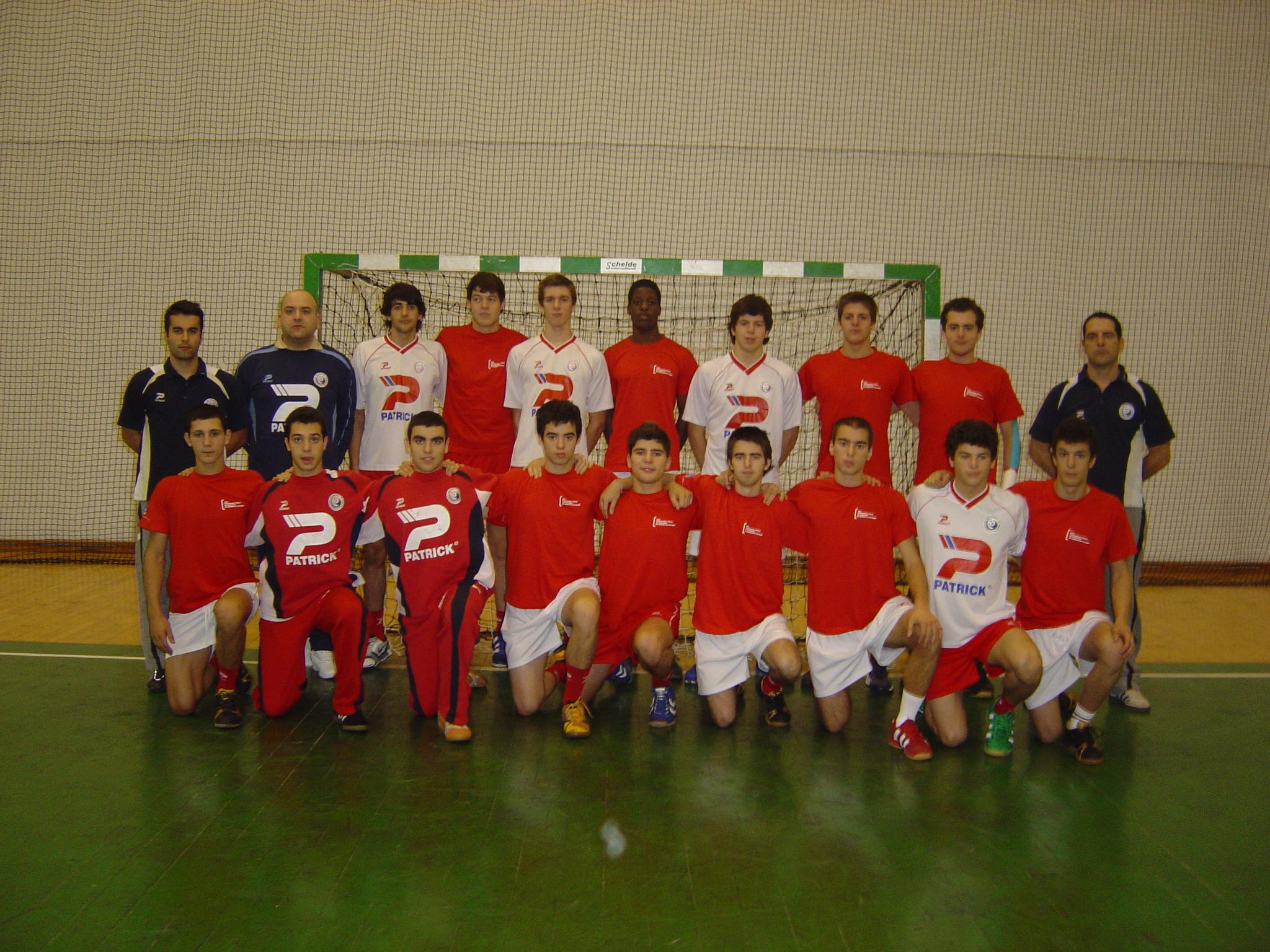 Selecção Nacional Junior B masculina e equipa técnica