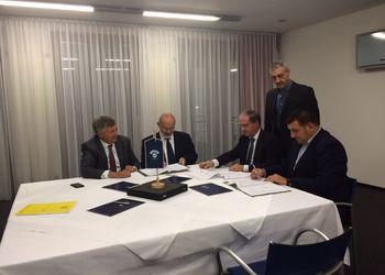 assinatura do protocolo de organização do Campeonato Europeu de Masters de 2017, entre a Federação de Andebol de Portugal e a EHF
