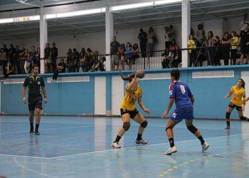 Colégio de Gaia - Toyota : NAAL Passos Manuel - Campeonato Multicare 1ª Divisão Feminina - foto: António Oliveira