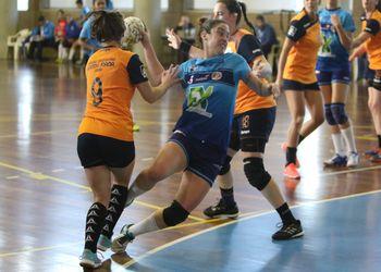 ND Santa Joana-Maia : Madeira Sad - Campeonato 1ª Divisão Feminina 2016-2017 - foto: António Oliveira