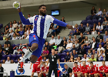 SC Magdeburgo : FC Porto - EHF Cup - Foto: PhotoReport.in