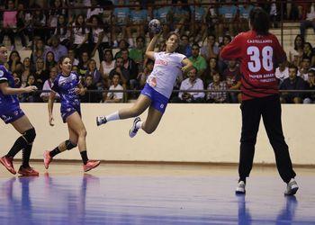 Colégio de Gaia : Super Amara Bera Bera - Womens EHF Cup - 2ª mão - 1ª eliminatória - foto: Nuno Fonseca