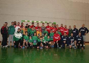 Seleção nacional conviveu com infantis do Ginásio do Sul