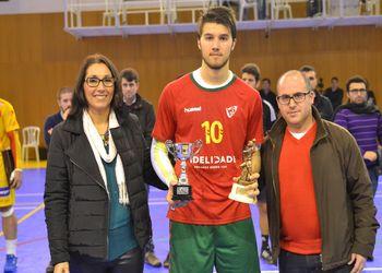 Portugal - quarto classificado Torneio 4 Nações recebe troféu das mãos de Miguel Fonseca e Lucília Coelho