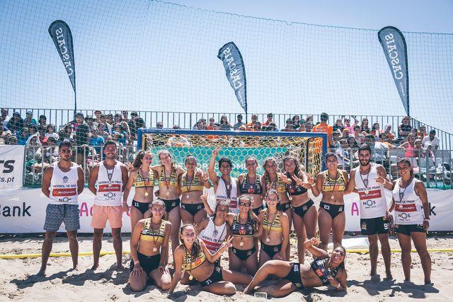 Escola Formação Espinho - Os Tigres - campeões nacionais Sub-18 Femininos 2016/17- foto - Márcio Menino