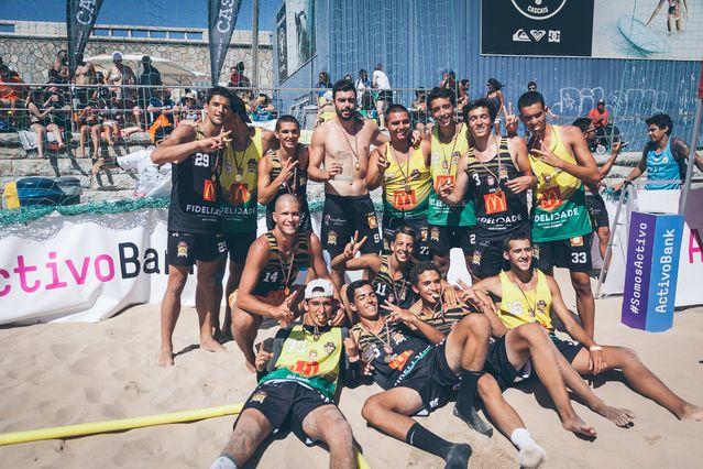 Escola Formação Espinho - Os Tigres - campeões nacionais Sub-18 Masculinos 2016/17- foto - Márcio Menino