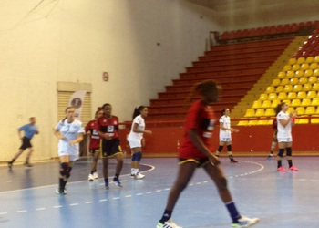 Portugal-Angola - Camp. Mundo sub18 (F) - Macedónia 2014