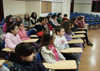 Selecção Nacional A feminina em visita à escola EB 2/3 Dr. Alfredo Ferreira Nóbrega, na Camacha