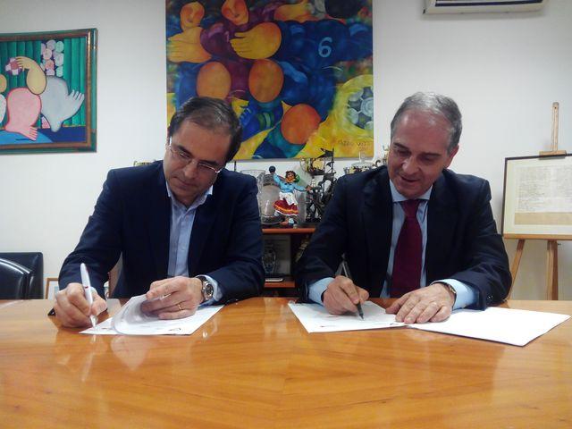 Assinatura do Protocolo FAP e Cruz Vermelha