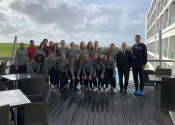 Visita do Presidente da FAP, Miguel Laranjeiro, à Seleção Nacional A Feminina no estágio em Almada