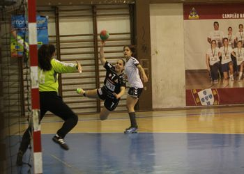 Alavarium Love Tiles - Maiastars - Campeonato Multicare 1ª Divisão Feminina - foto: António Oliveira