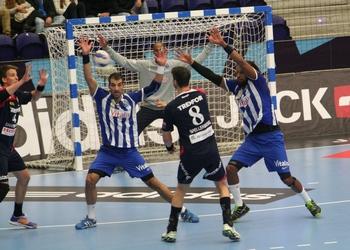 FC Porto-Kolding - defesa do FCP 1