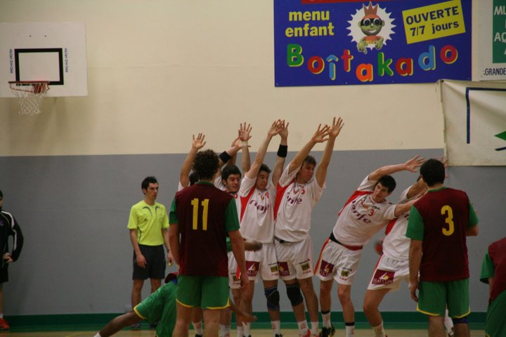 Portugal : Espanha - Torneio 4 Nações 85