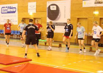 Selecção feminina da Dinamarca - treino no Funchal
