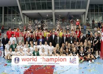 Pódio do Campeonato do Mundo sub20 femininos 2014