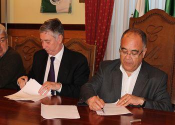 Assinatura protocolo entre a FAP e a CM Tarouca para a Fase Final do Campeonato Nacional da 2ª Divisão de Juvenis Masculinos 2011-12