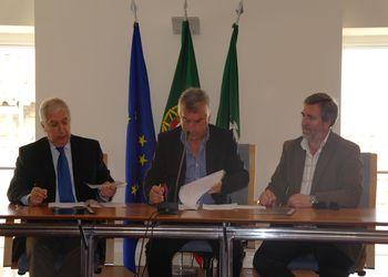 Assinatura do Protocolo - FAP e Câmara Municipal de Armamar