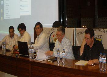 Ulisses Pereira e Augusto Silva na reunião com a Associação e clubes de Santarém