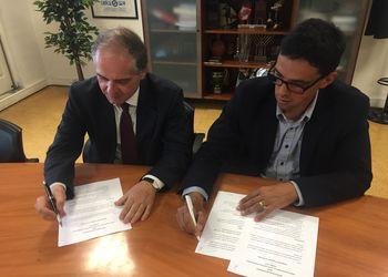 Assinatura Memorando de Entendimento - Comité organizador Jogos Europeus Universitários Coimbra 2018 - Miguel Laranjeiro e Mário Santos