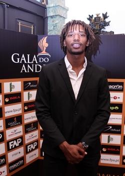 Gilberto Duarte (FC Porto) - Melhor Jogador e Jogador Revelação 2011-1012 - foto de José Lorvão