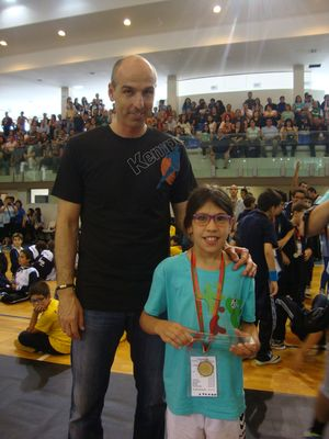 Carlos Resende entrega prémio Ética no Desporto ao AD Sanjoanense aos Minis Femininos