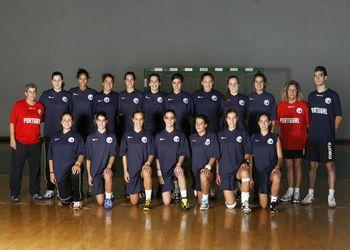 Selecção Nacional Junior B Feminina e Equipa Técnica 2010-2011