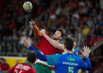 Miguel Martins - Portugal : Eslovénia - qualificação Europeu Croácia 2018 - foto: Pedro Alves