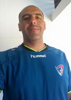 Pedro Vieira - treinador (ao alto)