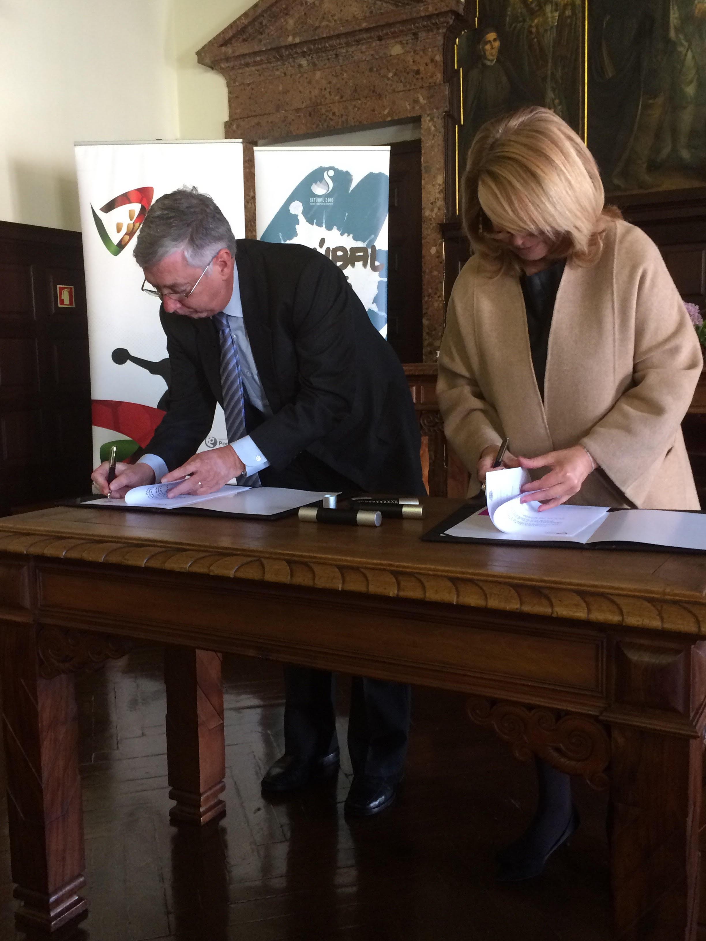 Protocolo Câmara de Setúbal - Federação de Andebol 2 - Abril 2016