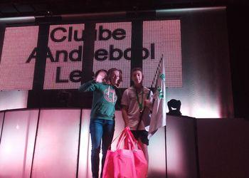 Mariana Lopes, Madrinha do ENM, entregou prémio de melhor apresentação ao CA Leça