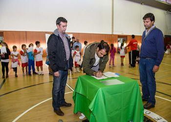 Assinatura de Protocolo de Promoção do Andebol no Concelho de Odemira - Helder Guerreiro, vereador CM Odemira e Ricardo Andorinho, vice-presidente FAP