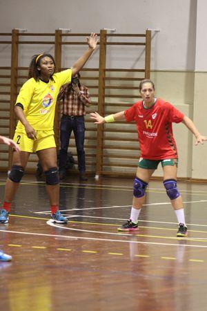 Portugal : Angola - seniores femininos - jogo particular 26.11.2014 - foto: António Oliveira