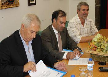 Cerimónia de assinatura do protocolo de colaboração entre a Câmara Municipal de Moimenta da Beira e a Federação