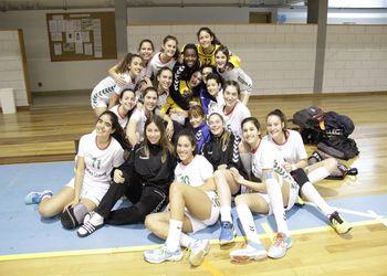 Seleção Sub-16 Feminina - vencedora 1º Torneio das Descobertas - Foto: Luís Neves