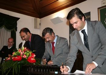 Assinatura protocolo Torneio Vale do Coa - todos os presidentes