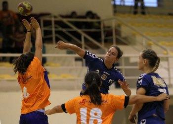 Madeira SAD-Sports Madeira-Supertaça Fem.2012 - Foto José Lorvão