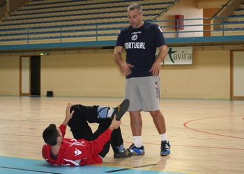 Carlos Ferreira )treinador de guarda-redes)