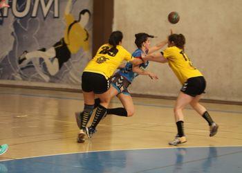 Alavarium Love Tiles : Colégio Gaia/Toyota - Campeonato Multicare 1ª Divisão Seniores Femininos - foto: António Oliveira