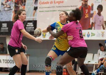 Selecções Regionais Iniciados Femininos - AA Madeira : AA Lisboa - foto: Mário Moreira