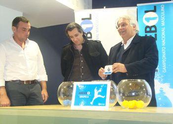 Sorteio Fase Final Andebol 1 2012-13 - Luis Gomes (SLB), Fernando Nunes (SCP) e José Magalhães (FC Porto Vitalis)