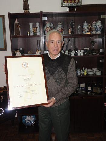 Luis Santos recebe EOC Olympic Laurel Award