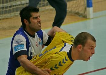 Ricardo Moreira (FC Porto) no jogo com Cimo  Koper