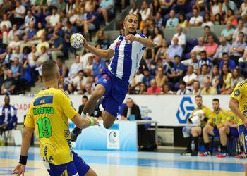 André Gomes - FC Porto : AHC Potaissa Turda - EHF Cup Masculina - foto: PhotoReport.In