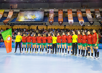 Noruega : Portugal - Mundial Sub20 Femininos - foto: IHF/Anikó Kovács