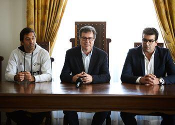conferência de imprensa na Mealhada - Ulisses Pereira, Augusto Silva, Gonçalo Carvalho