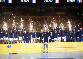 Campeonato do Mundo Seniores Femininos - França Campeão 2017