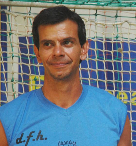 Nuno Santos, técnico do DF Holanda