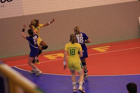 Torneio Internacional de Lagoa - Islândia : Brasil 18