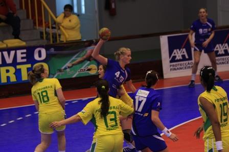 Torneio Internacional de Lagoa - Islândia : Brasil 16